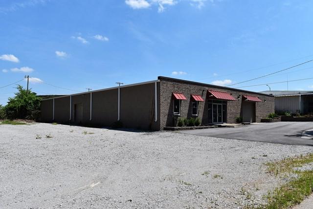 501 Elmhurst Ave, Muscle Shoals, AL 35661 (MLS #424707) :: MarMac Real Estate