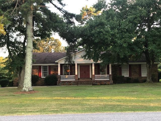 157 Holden St, Rogersville, AL 35652 (MLS #427512) :: Coldwell Banker Elite Properties