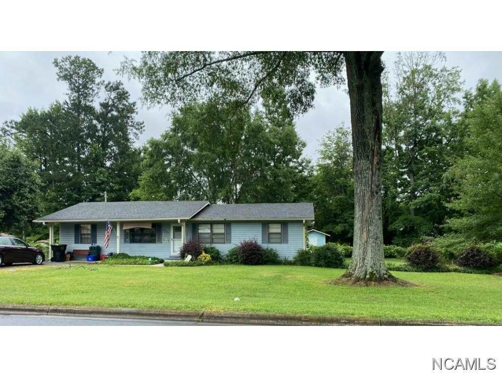 524 Cox Rd, Killen, AL 35645 (MLS #428241) :: MarMac Real Estate