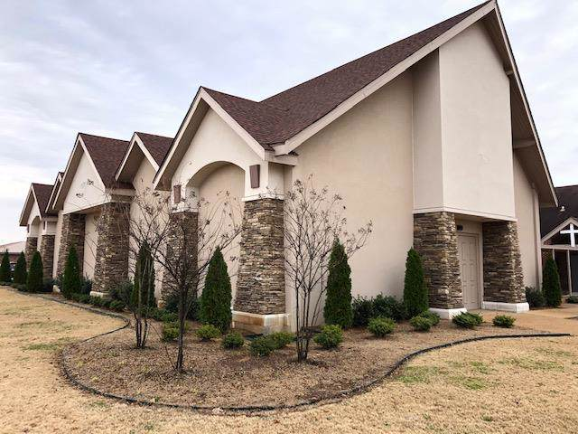 1500 E Avalon Ave, Muscle Shoals, AL 35661 (MLS #428777) :: MarMac Real Estate