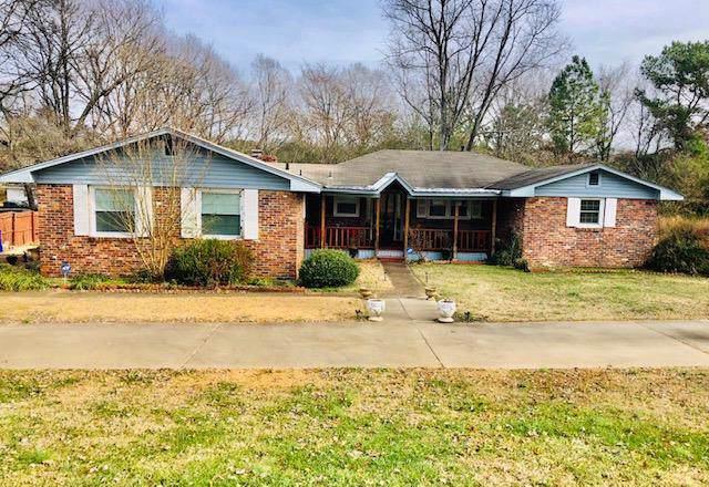 2374 Chisholm Rd, Florence, AL 35630 (MLS #428895) :: MarMac Real Estate