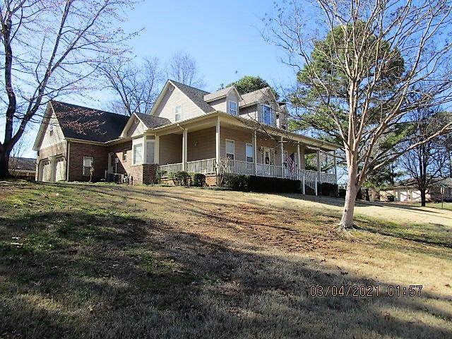 105 Bailey Springs Dr E, Florence, AL 35634 (MLS #433657) :: MarMac Real Estate