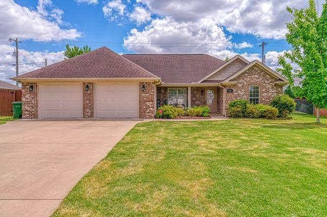 906 Buena Vista Ave, Muscle Shoals, AL 35661 (MLS #434393) :: MarMac Real Estate
