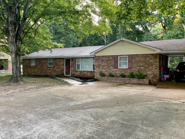 517 Rivermont Road, Florence, AL 35634 (MLS #500535) :: MarMac Real Estate