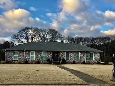804 Warren St, Tuscumbia, AL 35674 (MLS #501285) :: MarMac Real Estate