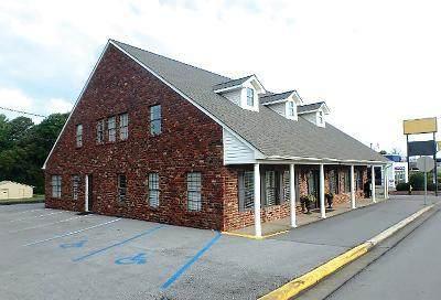 227 Cox Creek Pkwy, Florence, AL 35630 (MLS #429892) :: MarMac Real Estate