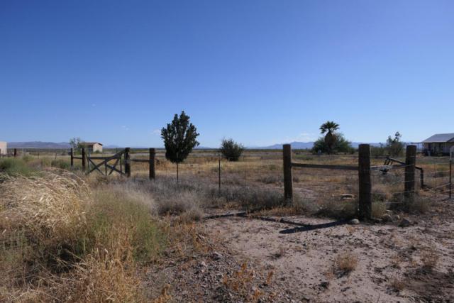 1627 E Loma Vista Drive, Douglas, AZ 85607 (MLS #164745) :: Service First Realty