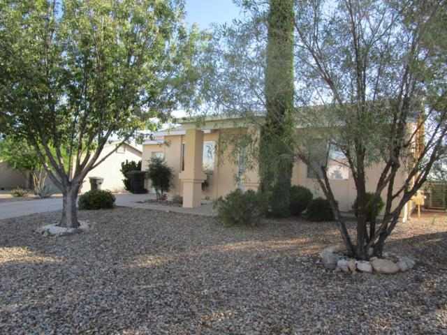 110 Buffalo Drive, Huachuca City, AZ 85616 (MLS #164971) :: Service First Realty