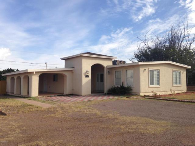 2300 E 10th Street, Douglas, AZ 85607 (MLS #165036) :: Service First Realty