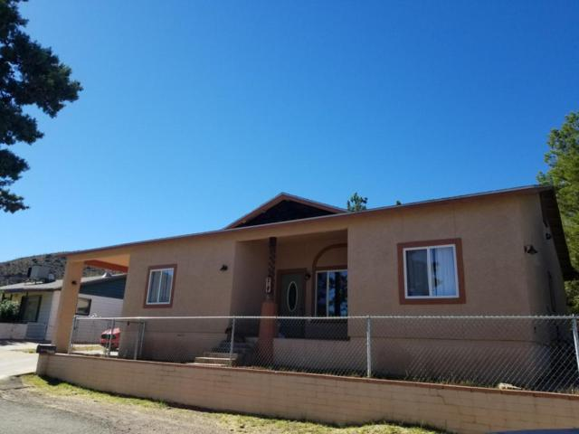 207 13th Terrace, Bisbee, AZ 85603 (MLS #165408) :: Service First Realty