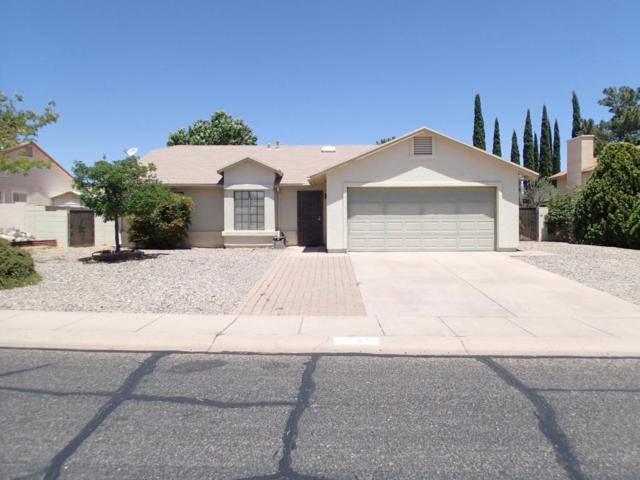 2683 S Suncrest Drive, Sierra Vista, AZ 85650 (MLS #167203) :: Service First Realty