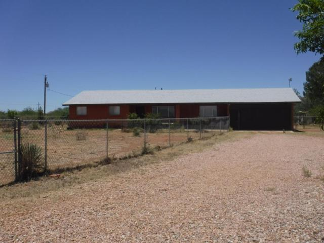 2257 N Appaloosa Place, Huachuca City, AZ 85616 (MLS #167554) :: Service First Realty