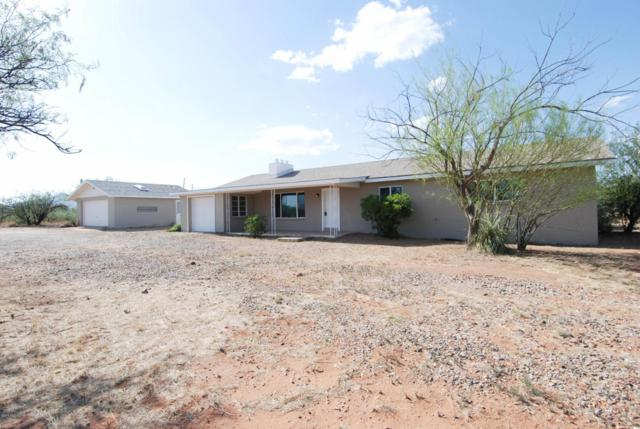 317 E Oak Street, Huachuca City, AZ 85616 (MLS #167721) :: Service First Realty
