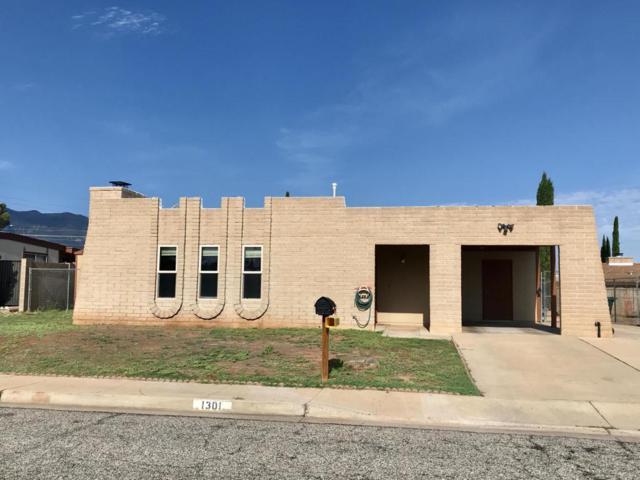 1301 Lea Street, Sierra Vista, AZ 85635 (#167925) :: The Josh Berkley Team