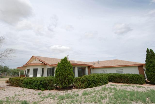 211 W Camino De Mesa, Huachuca City, AZ 85616 (MLS #168383) :: Service First Realty