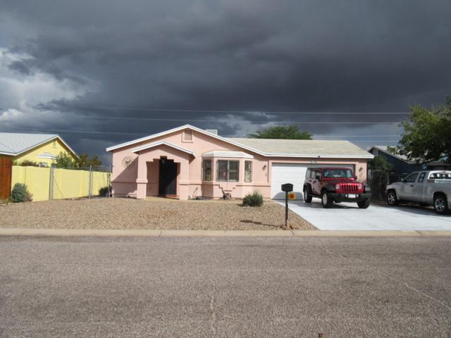 134 Buffalo Drive, Huachuca City, AZ 85616 (#168637) :: The Josh Berkley Team