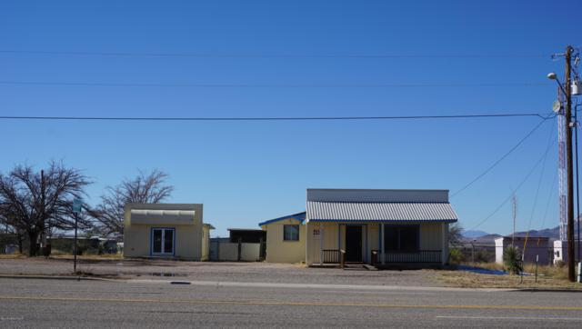 425 N Huachuca Boulevard, Huachuca City, AZ 85616 (#169310) :: The Josh Berkley Team