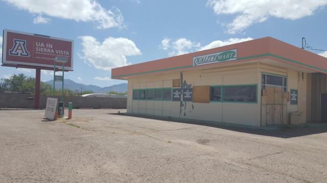 140 S Huachuca Boulevard, Huachuca City, AZ 85616 (#169357) :: Long Realty Company