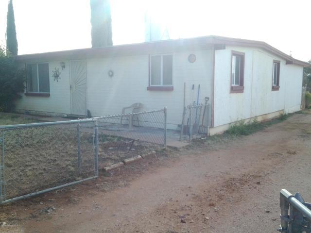 203 1st Street, Huachuca City, AZ 85616 (#169832) :: Long Realty Company