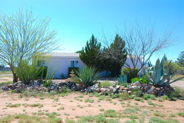 2561 N Sheila Street, Huachuca City, AZ 85616 (MLS #170193) :: Service First Realty