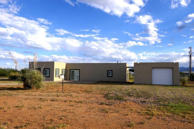 74 Via Parque, Huachuca City, AZ 85616 (MLS #170352) :: Service First Realty