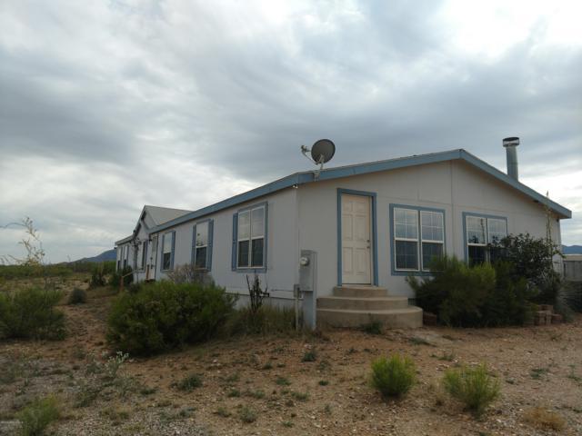 6122 S Ranchita De Mia Lane, Hereford, AZ 85615 (MLS #170697) :: Service First Realty
