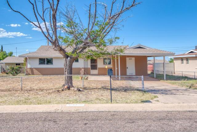 51 NW Freihage Drive, Sierra Vista, AZ 85635 (#170748) :: Long Realty Company