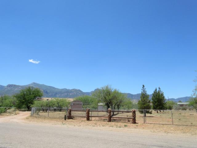 5055 S Santa Claus Avenue, Sierra Vista, AZ 85650 (#170852) :: The Josh Berkley Team