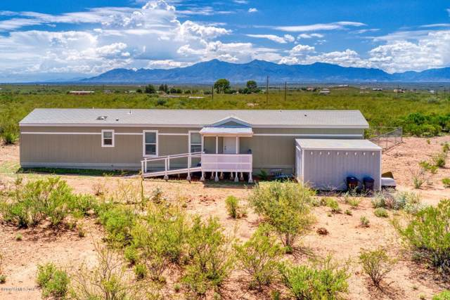 1740 N Gunsmoke Avenue, Sierra Vista, AZ 85635 (#171760) :: Long Realty Company