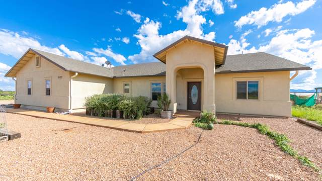 1002 E Lena Way, Huachuca City, AZ 85616 (#171892) :: The Josh Berkley Team