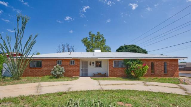 597 Clark Drive, Sierra Vista, AZ 85635 (MLS #168042) :: Service First Realty