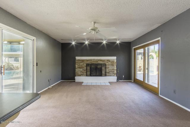 2048 Chantilly Drive, Sierra Vista, AZ 85635 (#165278) :: The Josh Berkley Team