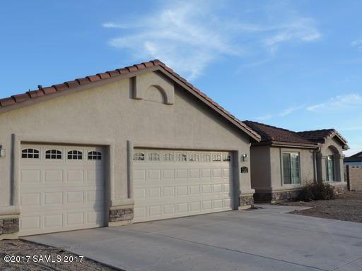 2647 Montaro Drive, Sierra Vista, AZ 85650 (MLS #166831) :: Service First Realty
