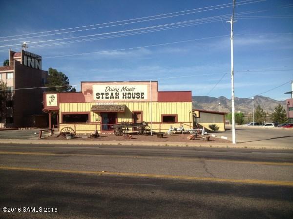 332 N Garden Avenue, Sierra Vista, AZ 85635 (#167682) :: Long Realty Company