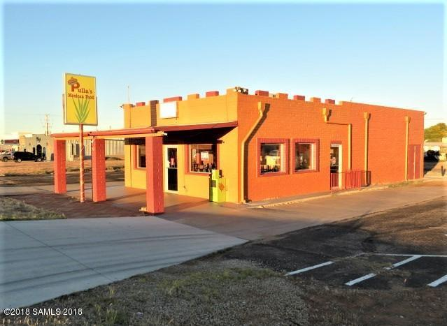 202 N Huachuca Boulevard, Huachuca City, AZ 85616 (#169058) :: Long Realty Company