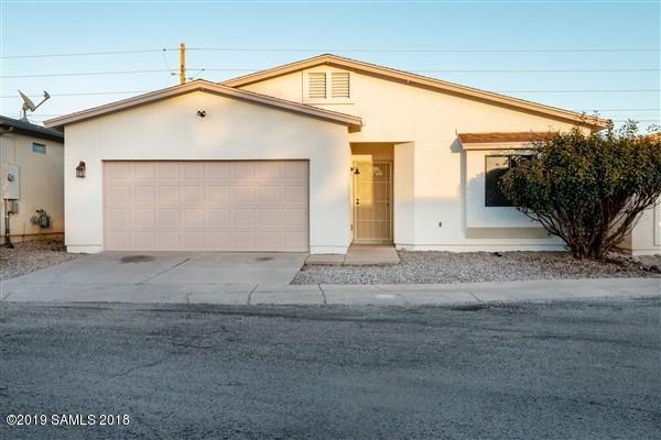 748 Four Winds Circle, Sierra Vista, AZ 85635 (MLS #169672) :: Service First Realty