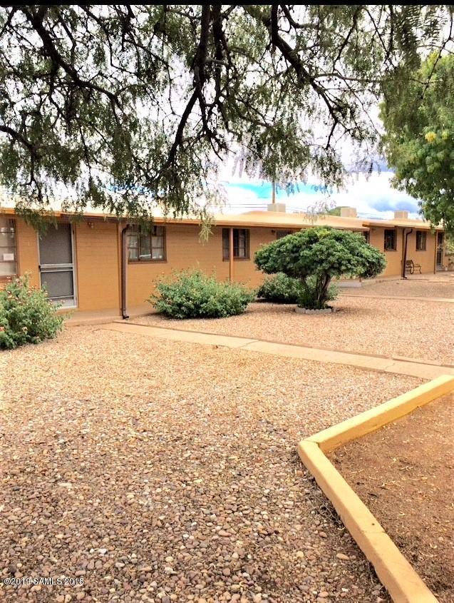 306 1st Street, Huachuca City, AZ 85616 (#170089) :: Long Realty Company