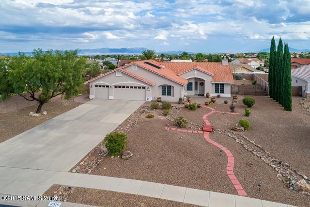 3515 Plaza De La Rosa, Sierra Vista, AZ 85650 (MLS #166806) :: Service First Realty