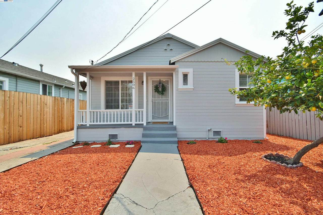 2506 77Th Ave - Photo 1
