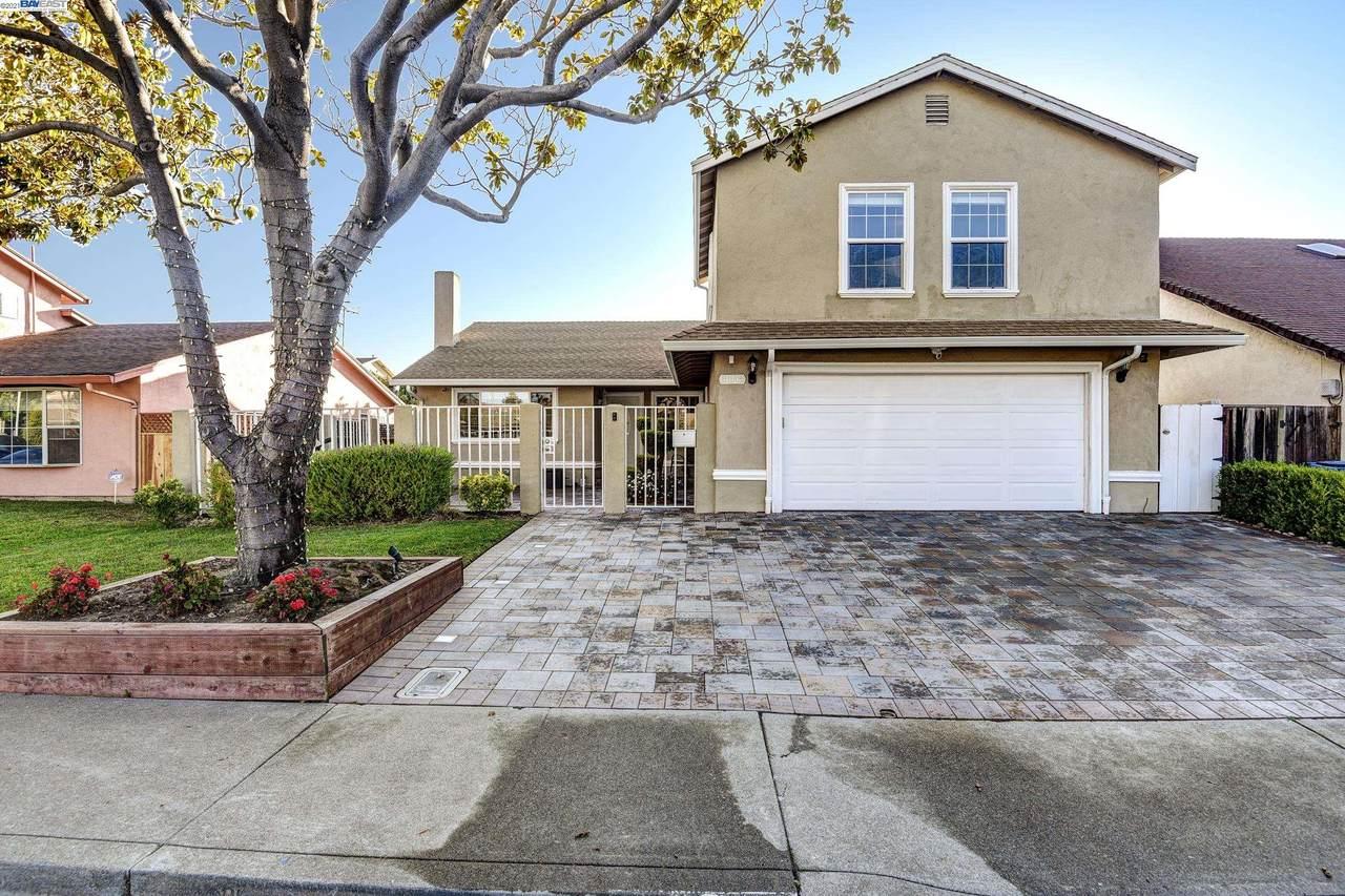 31345 San Andreas Drive - Photo 1
