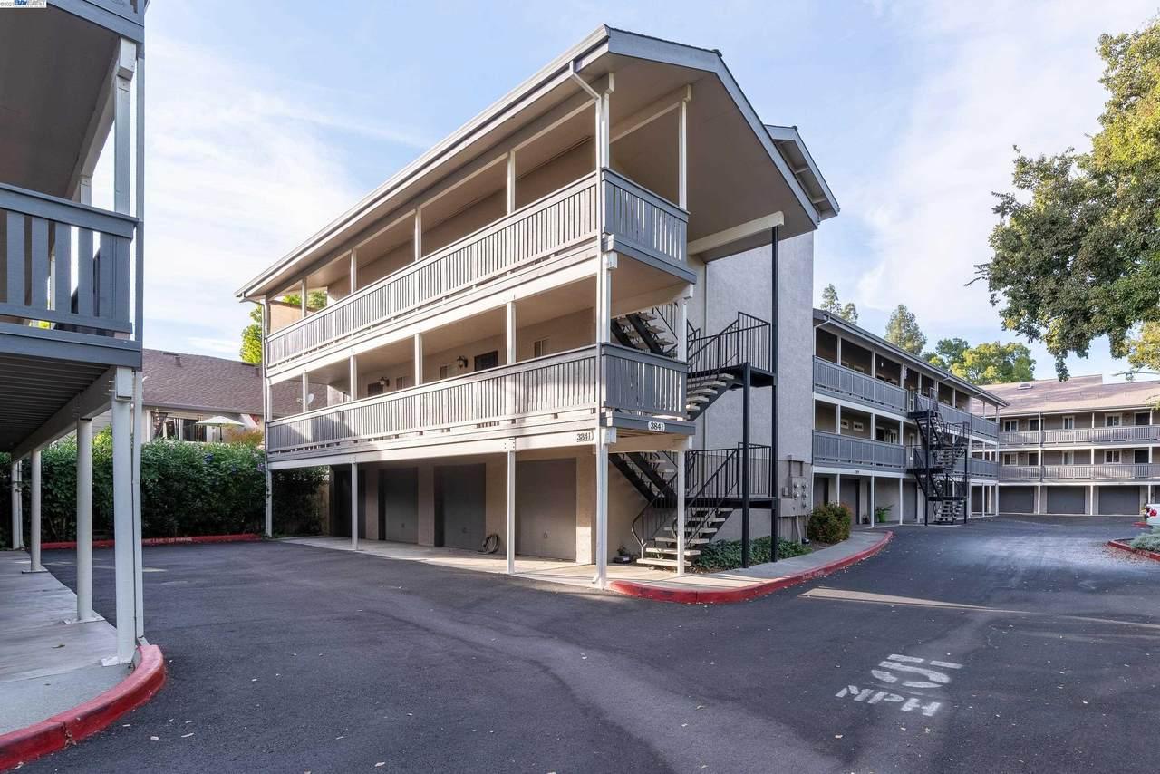 3841 Vineyard Ave C - Photo 1
