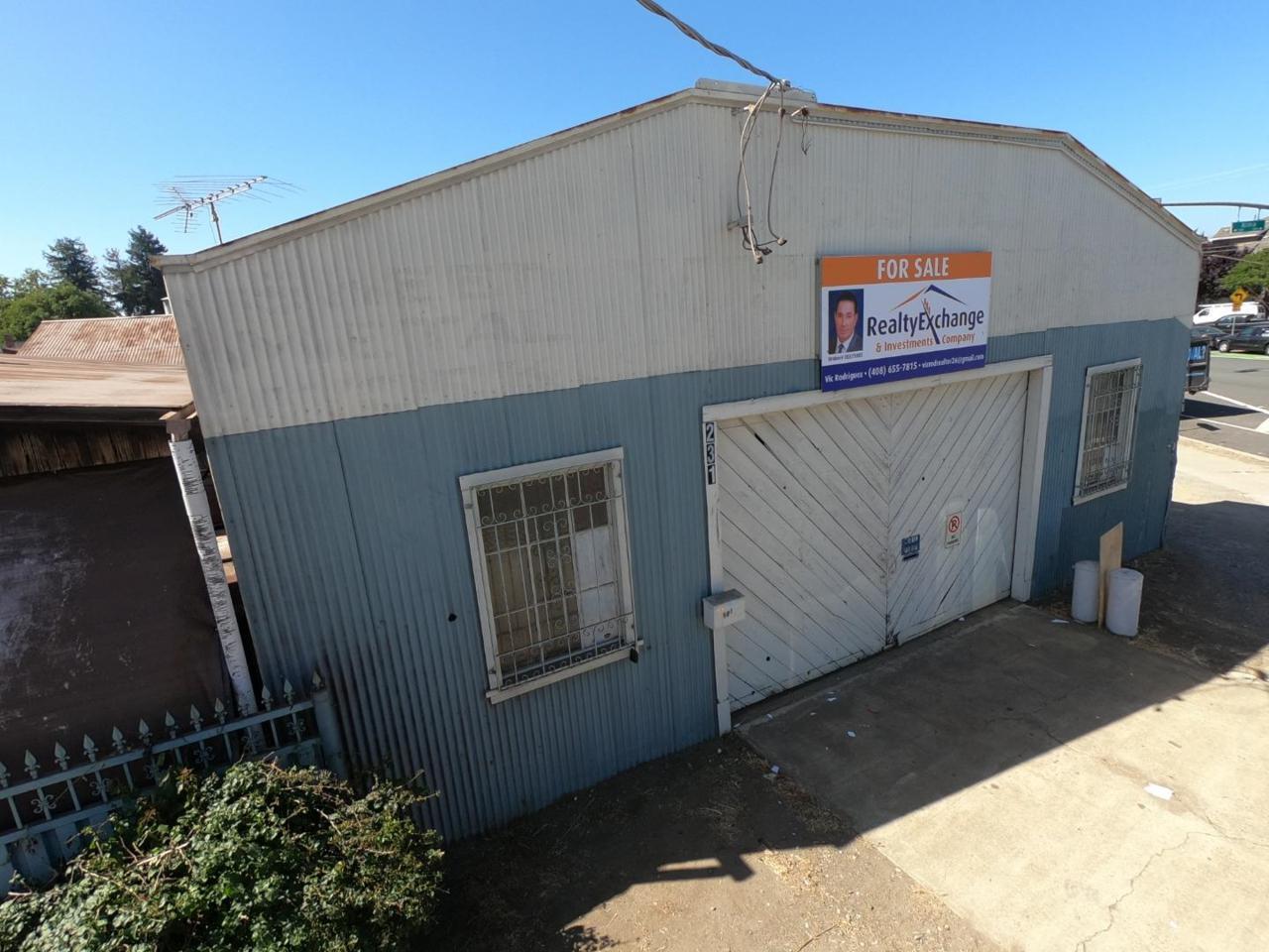 231 Alma Ave - Photo 1