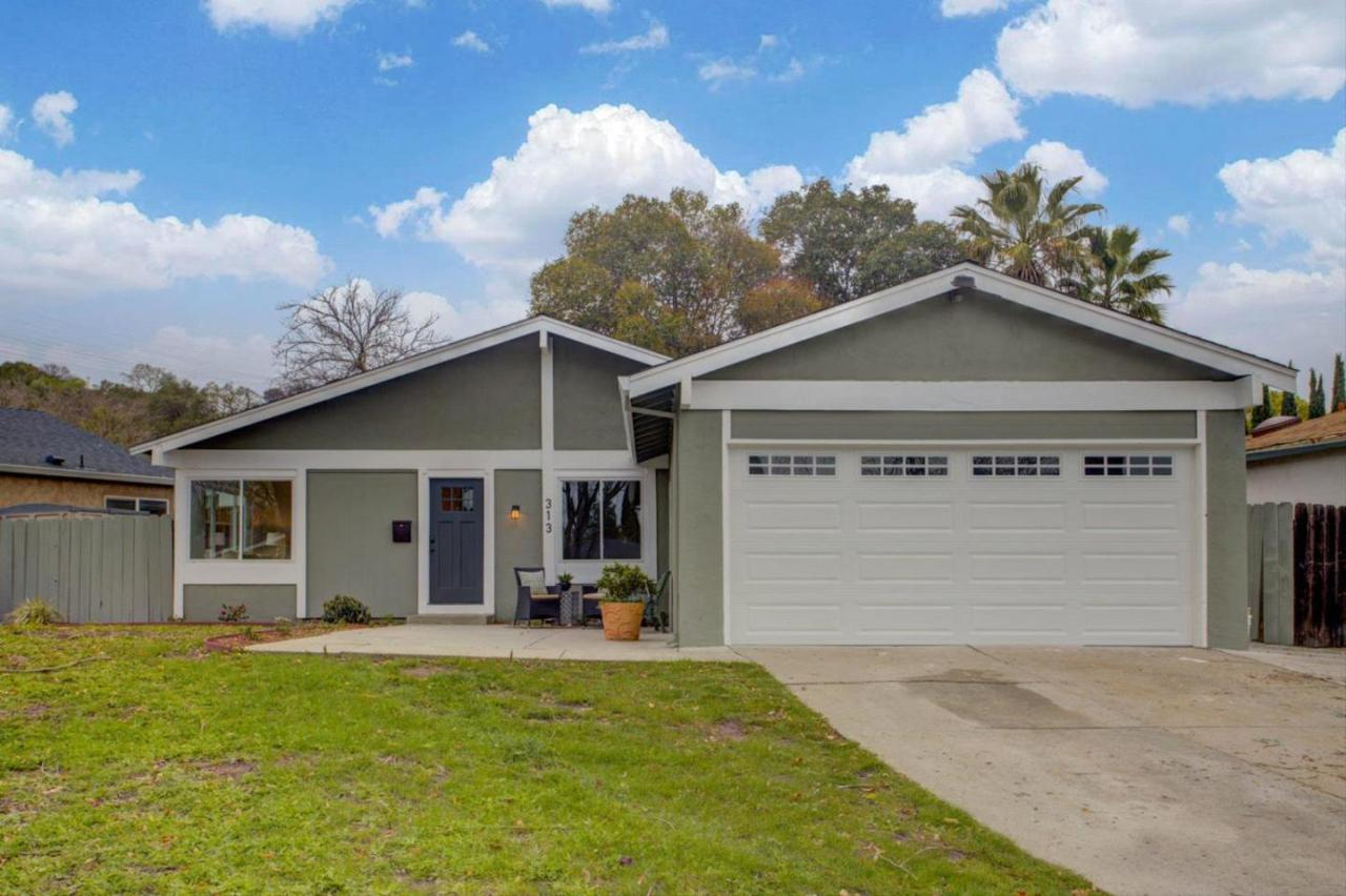 313 Bromley Cross Dr - Photo 1