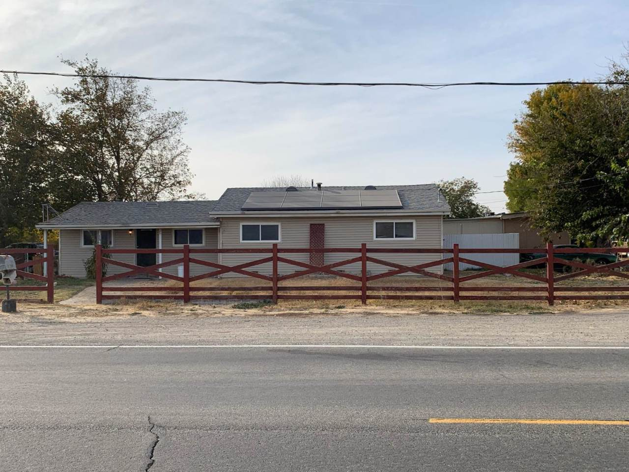 21509 Corral Hollow Rd - Photo 1