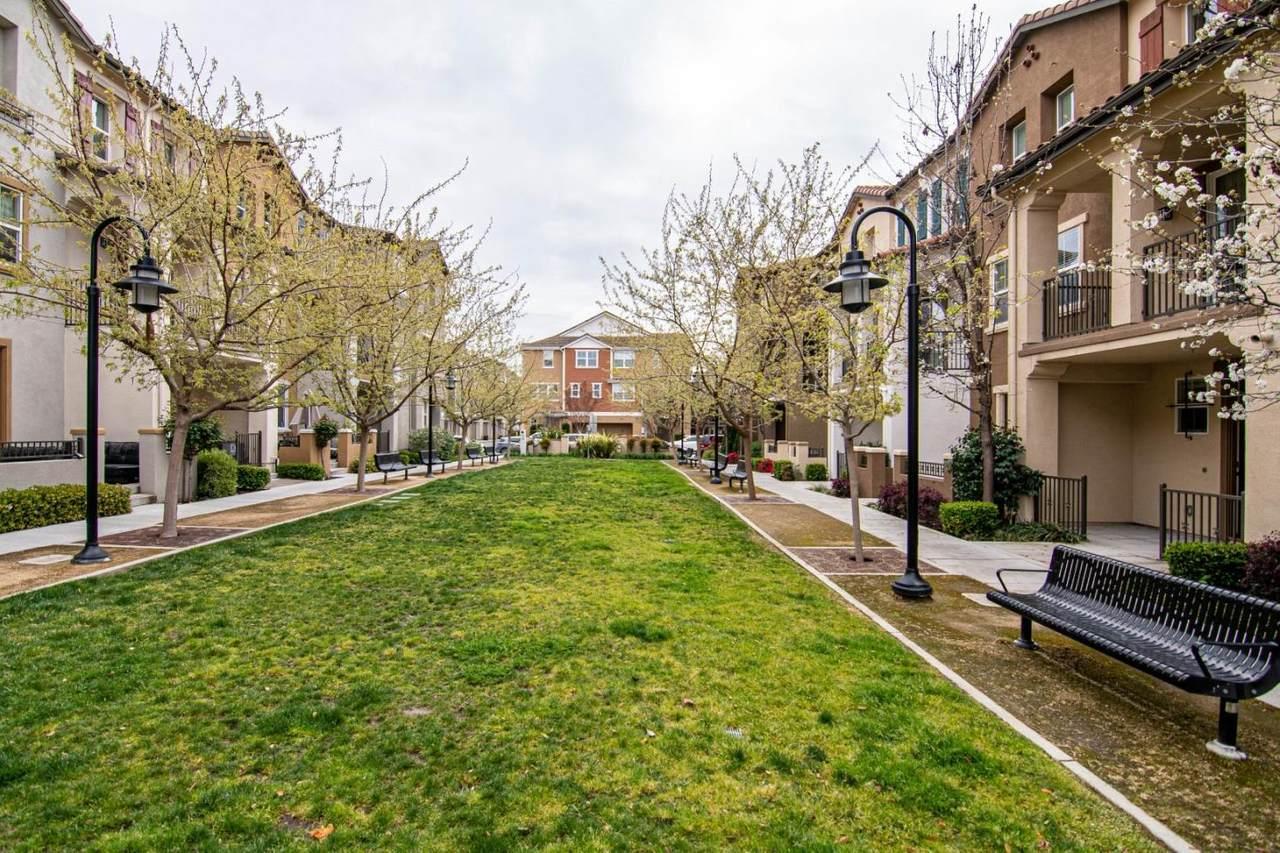 600 Messina Gardens Ln - Photo 1