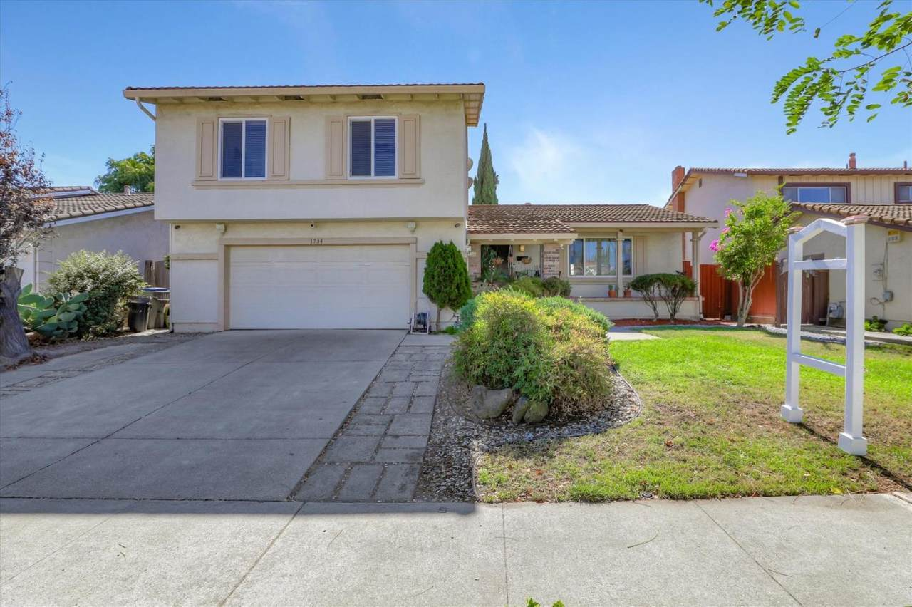 1734 Springsong Dr - Photo 1