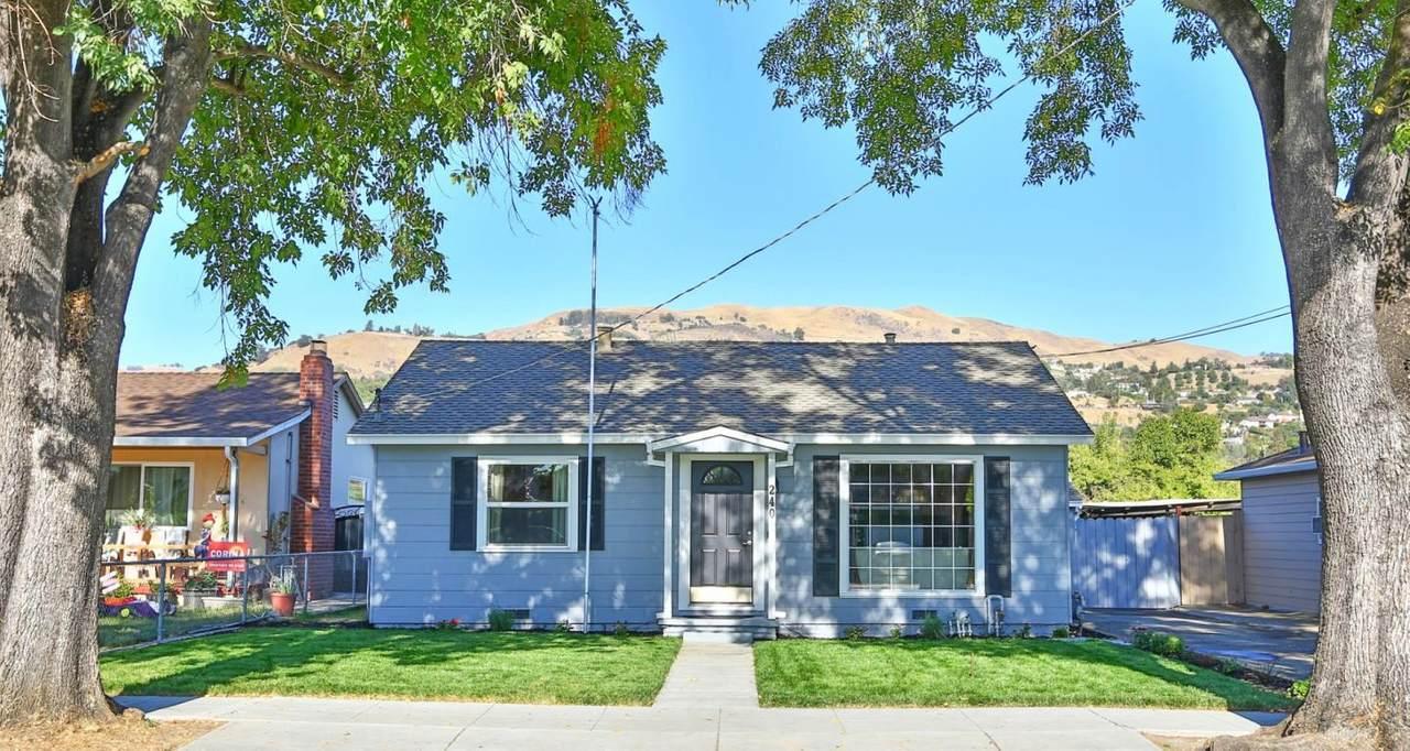 240 Cragmont Ave - Photo 1