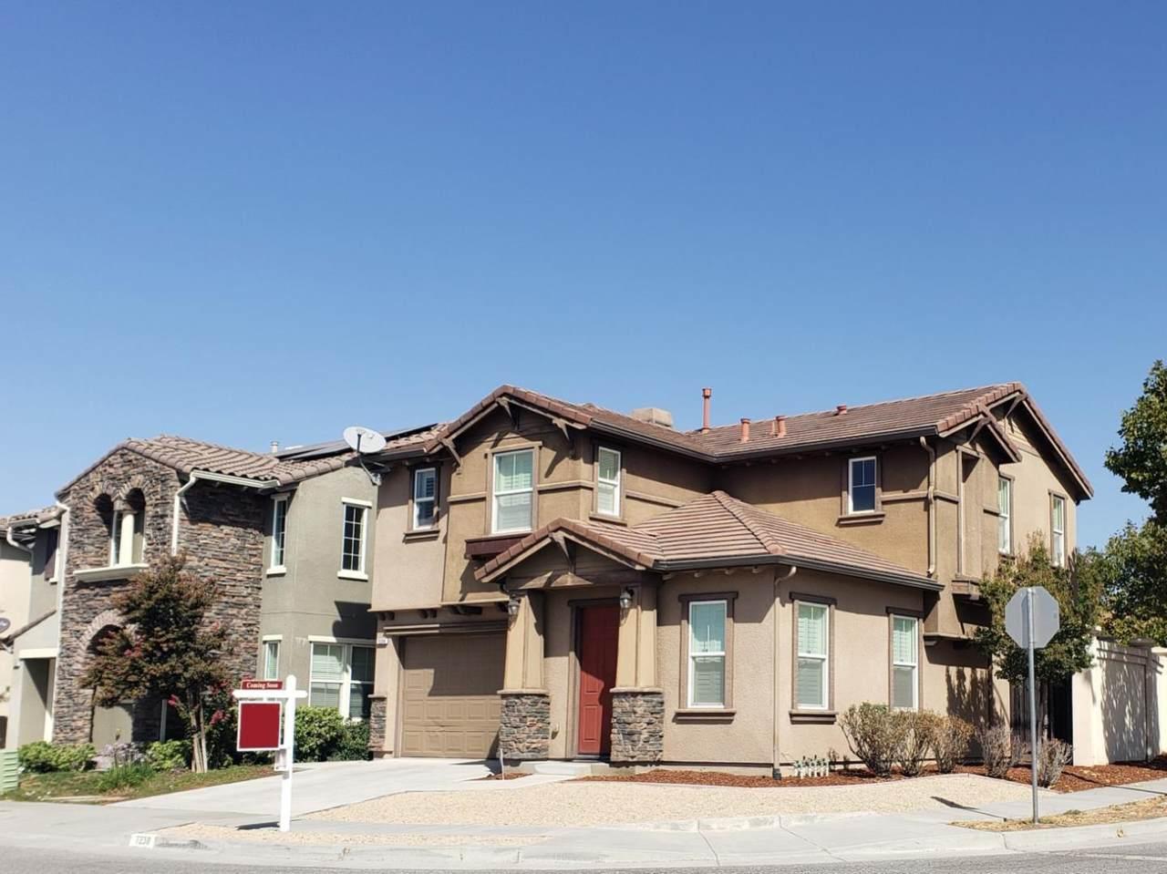 7238 Basking Ridge Ave - Photo 1