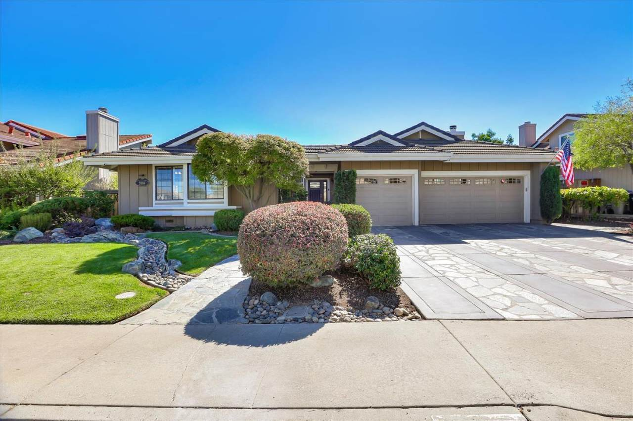 5966 Thorntree Dr - Photo 1