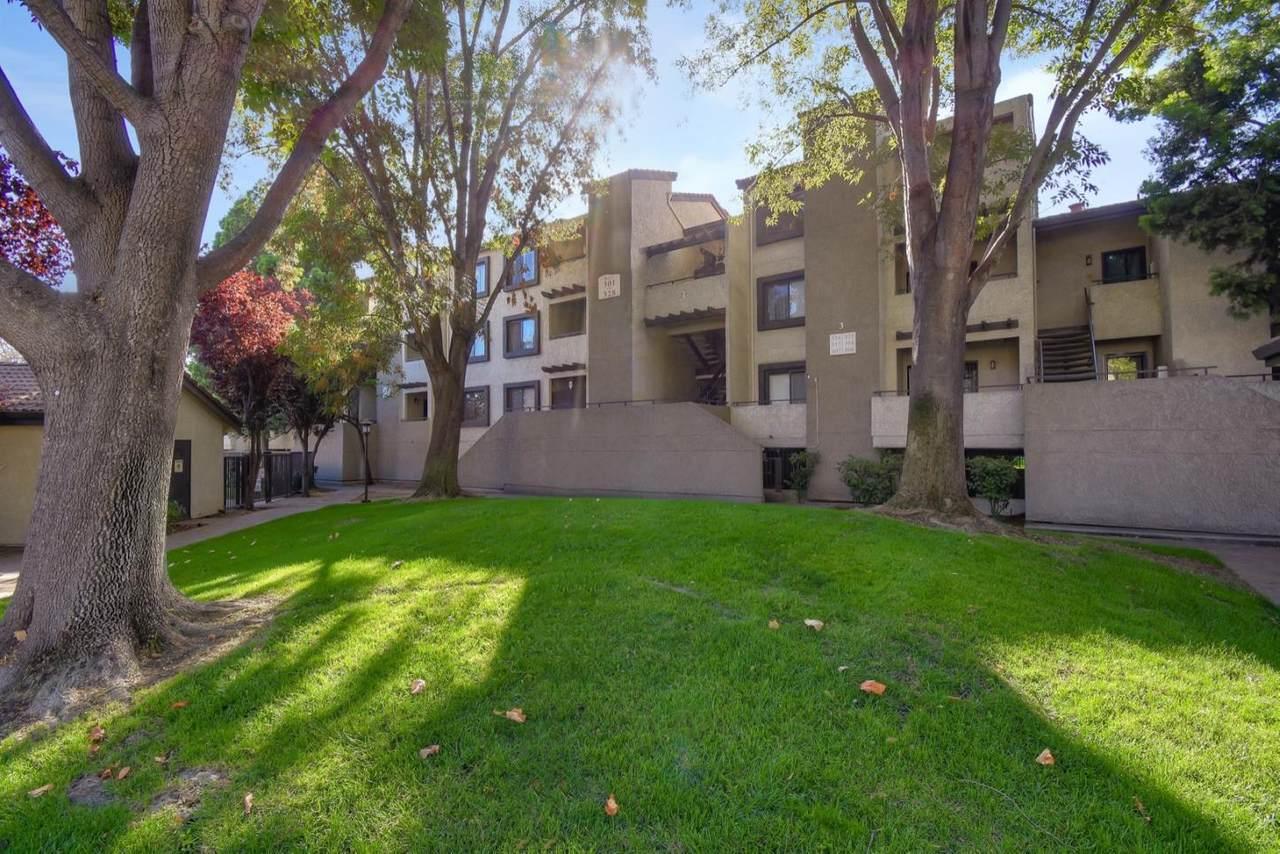 880 Fremont Ave 325 - Photo 1
